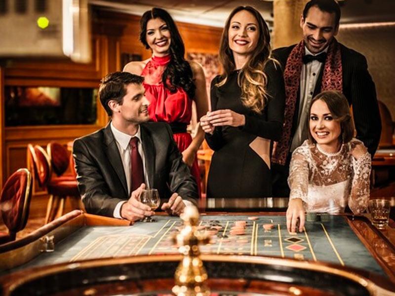 une-animation-casino-pour-vos-soirees-de-gala