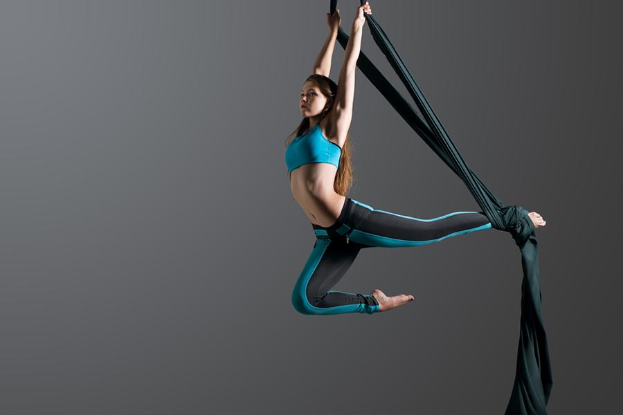 danseuse aerienne animation evenement entreprise pro