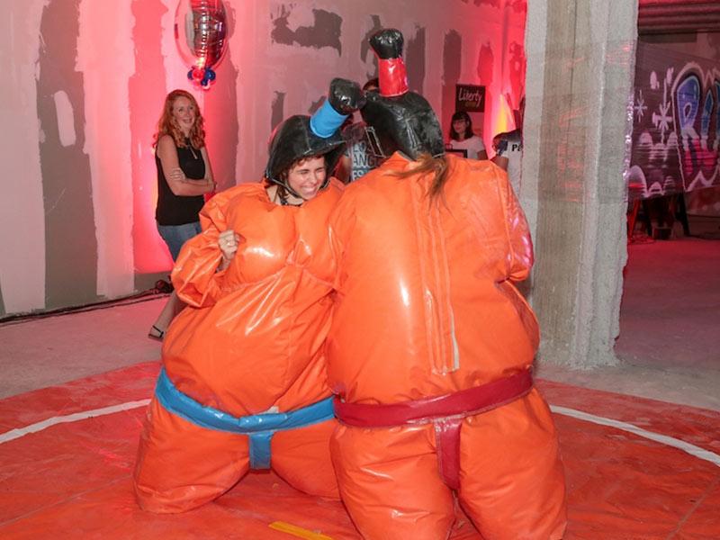 location costume gonflable sumo animation soirée entreprise