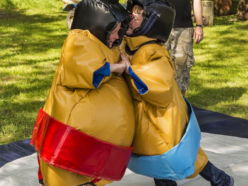 location costume sumo team building fête personnel