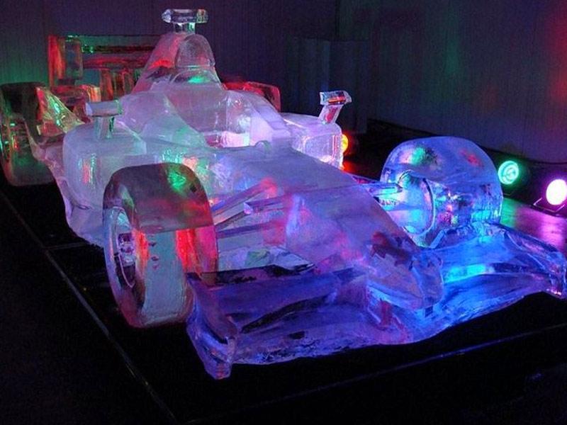 décoration événement professionnel sculpture voiture glace