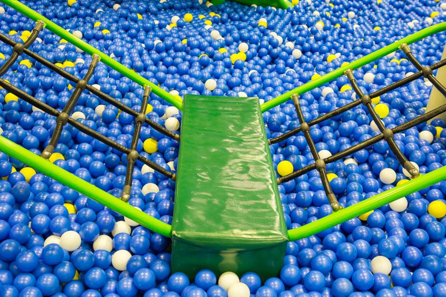 piscine balle evenement