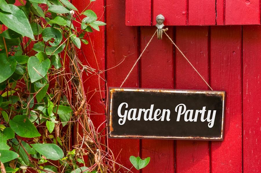 organiser garden party 13